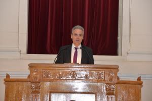 Ομιλία του Καθηγητή Θεόδωρου Παλυβού, Διευθυντή του Διδακτορικού Προγράμματος του Τμήματος Οικονομικής Επιστήμης, με θέμα τη συμβολή του Εμμανουήλ Δρανδάκη στην διαμόρφωση των μεταπτυχιακών προγραμμάτων του Τμήματος και τα παρόντα προβλήματά τους